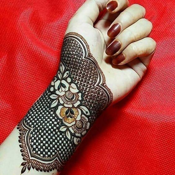 Bridal Mehndi Artist In Zirakpur,